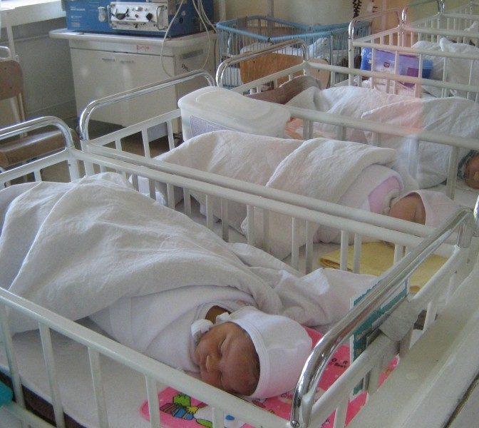 REVOLTĂTOR: 14 bebeluşi născuţi la Maternitatea Giuleşti au ajuns la Spitalul Alexandrescu cu infecţii