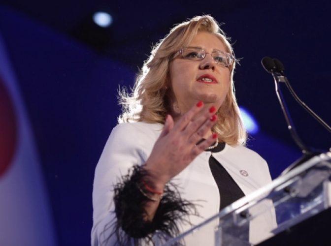 Corina Crețu a explodat după anunțul lui Dăncilă: 'Aceasta este realitatea. Avem bani gratis de la UE'