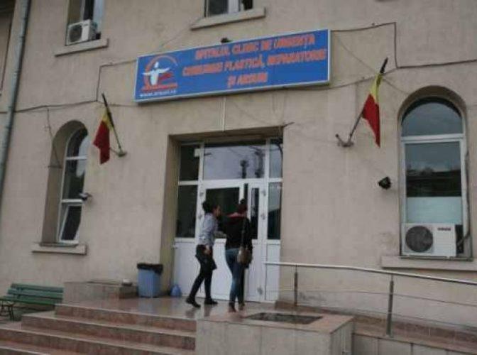 Ministerul Sănătății spune că România are 280 de paturi pentru arși, 68 fiind în București, deși marii arși sunt trimiși în străinătate